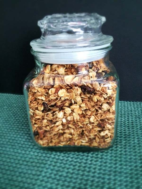 Almonds and Raisins Granola